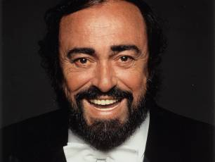 Image for Pavarotti – Plus Satellite Q&A}